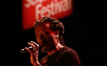 bobby_mcferrin_spontaneous_inventor_part_three