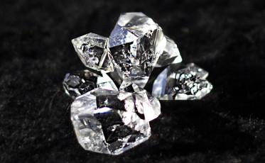 diamond_800x494
